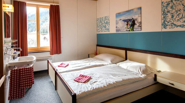 csm_Davos-Sportclub-Spinabad-Doppelzimmer_e3d3c9046b